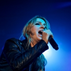 2012-02-07-guano-apes-017