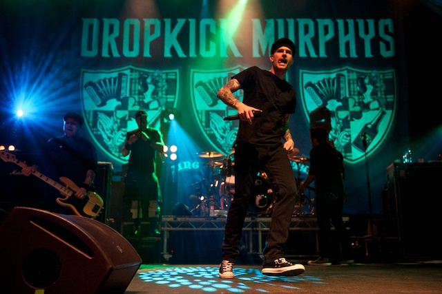 Dropkick Murphys live bei einem Auftritt in der Mitsubishi Electric Hall Duesseldorf